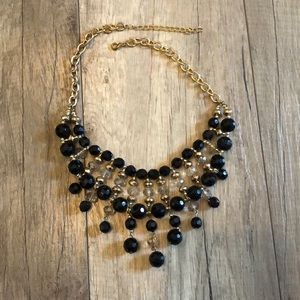 Statement necklace gold with black beads